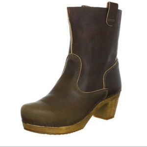 Anthropologie Sanita Wood Dorit Square Boot Clog